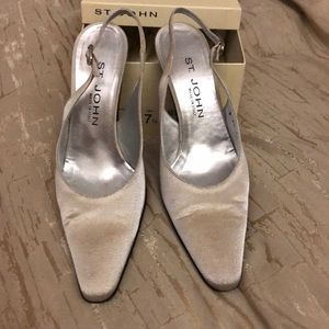 Size 71/2 St.John shoes
